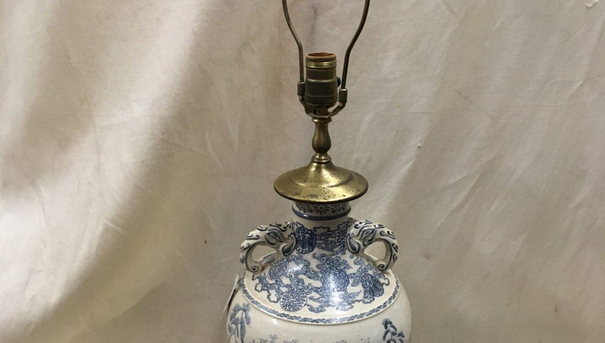 Blue & Cream Asian Scene Lamp