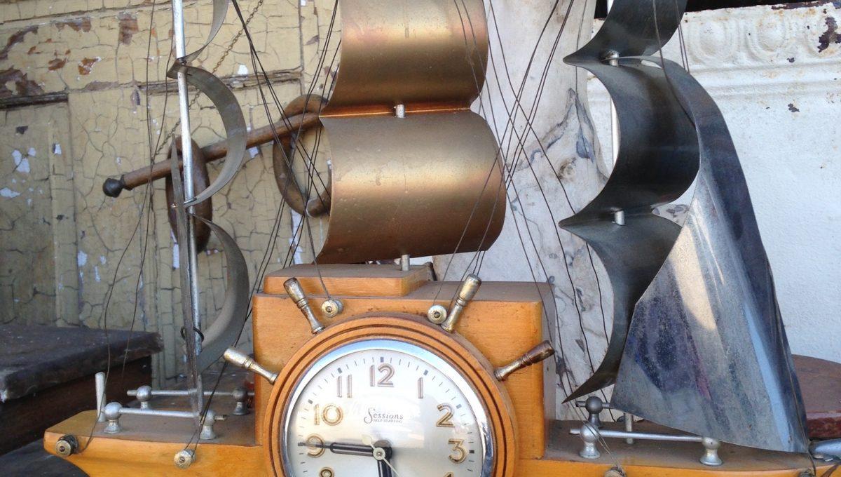 Vintage Sessions 'Clipper' Clock