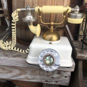 Vintage Illinois Bell Rotary Phone