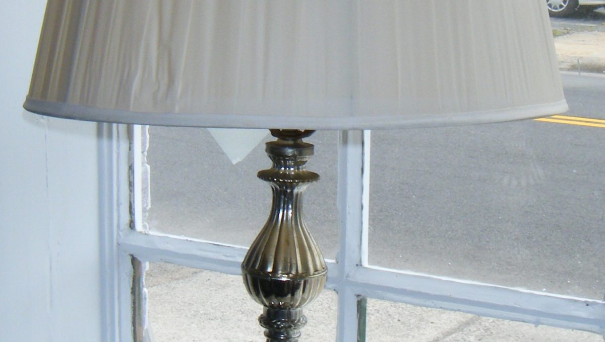 Leaded Glass Ball Table Lamps