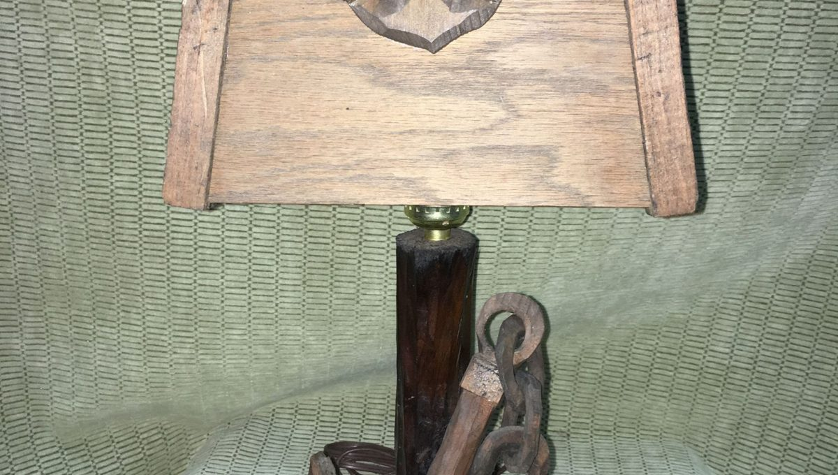 Wooden Nautical Table Lamp